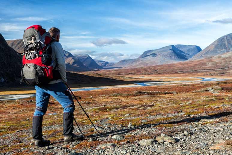 Fernwanderungen am schwedischen Königspfad können mit der Travelsecure Wander- und Bergsportversicherung abgesichert werden