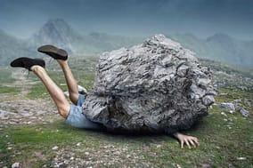 Bergwanderer wird von einem Felsbrocken erschlagen