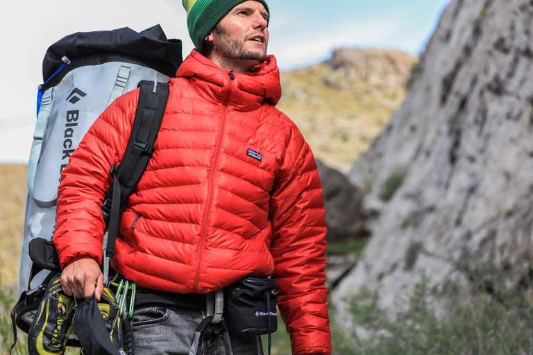 Wandern im Herbst welche Kleidung Ausruestung Wanderversicherung gegen Notfaelle abschließen